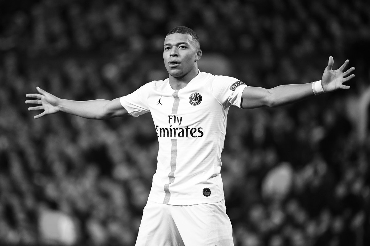 Kimpembe Mbappe Seal PSG Win At Old Trafford