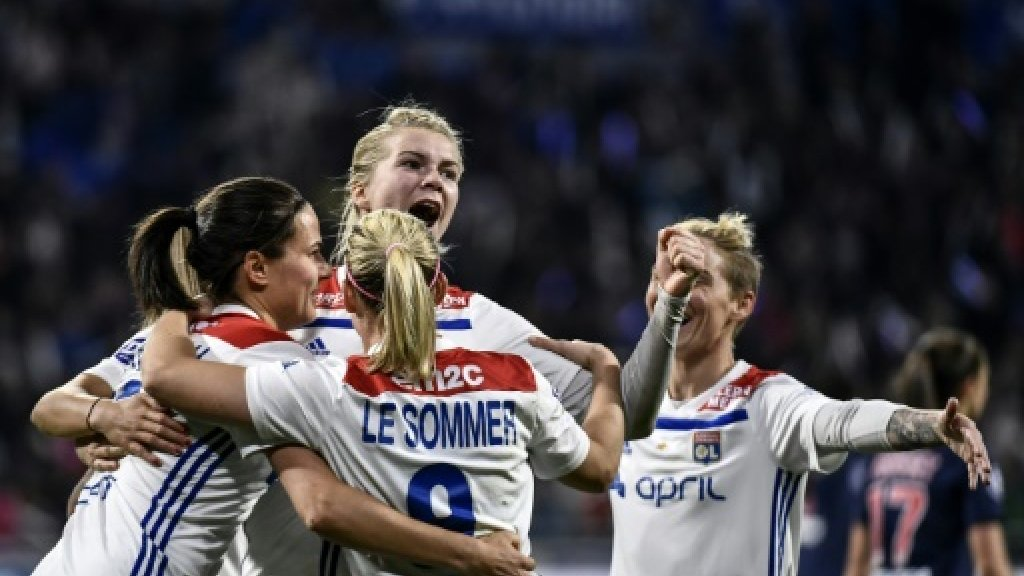 Chelsea hope to end Lyon dominance in
